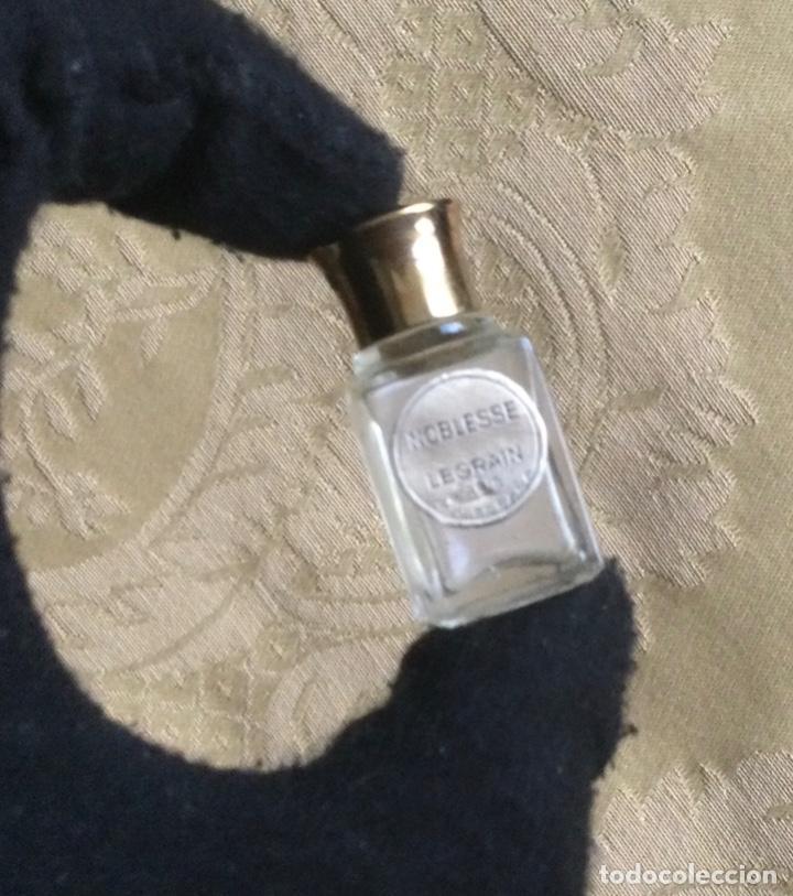 Miniaturas de perfumes antiguos: ANTIGUA MINIATURA DE PERFUME NOBLESSE DE LEGRAIN PARIS - Foto 8 - 231827930