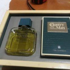 Miniaturas de perfumes antiguos: ANTIGUA CAJA COUNTRY MAN CON COLONIA 50 ML. DE MAS COSMETICS. BARCELONA. DESAPARECIDA.. Lote 237895790
