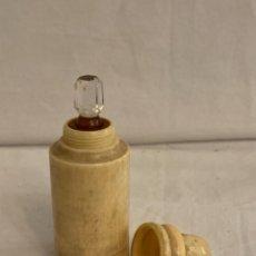 Miniaturas de perfumes antiguos: PERFUMERO ANTIGUO.. Lote 246573625
