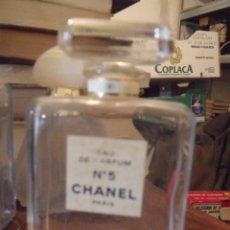 Échantillons de parfums anciens: BOTELLA FRASCO VACIO 11,5 CHANEL Nº 5 EAU DE PARFUM. Lote 252966460