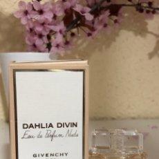 Miniaturas de perfumes antiguos: GIVENCHY DAHLIA DIVIN EAU DE PARFUM NUDE. Lote 255443655