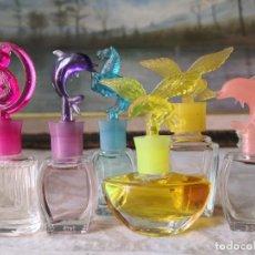Miniaturas de perfumes antiguos: 6 MINIATURAS CON TAPONES FORMA DELFIN-GATO-AGUILA - DESCONOZCO PROCEDENCIA-VISTOSOS. Lote 260578950
