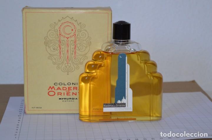 1/4 LITRO / MUY ANTIGUO, FRASCO / MADERAS DE ORIENTE - MYRURGIA - ORIGINAL - ¡MIRA FOTOS/DETALLES! (Coleccionismo - Miniaturas de Perfumes)
