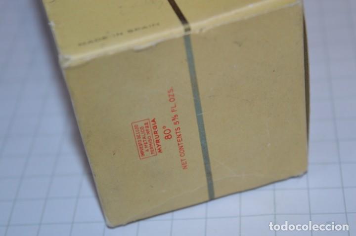 Miniaturas de perfumes antiguos: Muy antiguo, frasco / Loción EMBRUJO de SEVILLA de MYRURGÍA - Original - ¡Mira fotos/detalles! - Foto 7 - 260834030