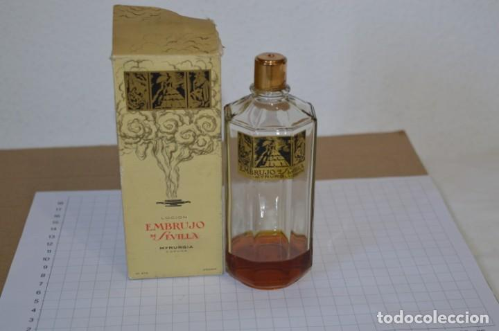 MUY ANTIGUO, FRASCO / LOCIÓN EMBRUJO DE SEVILLA DE MYRURGÍA - ORIGINAL - ¡MIRA FOTOS/DETALLES! (Coleccionismo - Miniaturas de Perfumes)