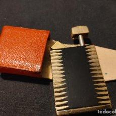 """Miniaturas de perfumes antiguos: ANTIGUO PERFUMERO """"AMOR"""" DE CONSUL. MADE IN WEST GERMANY. CON FUNDA TIPO MECHERO. Lote 263126095"""