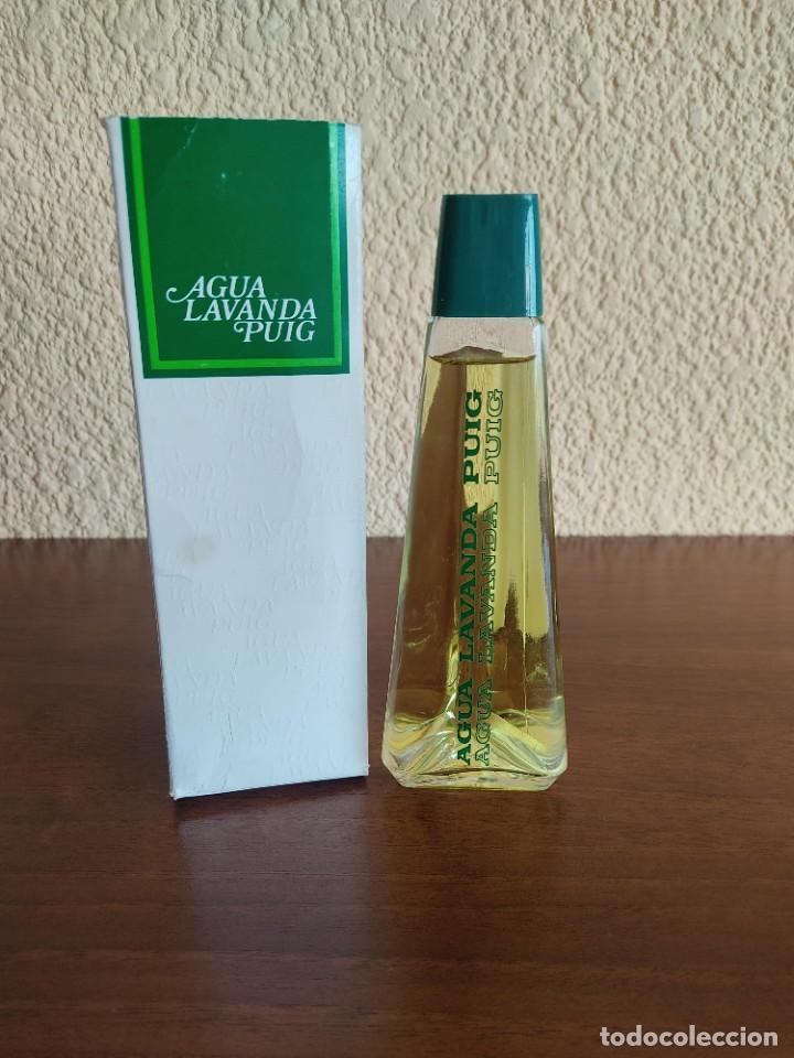 ANTIGUA BOTELLA COLONIA AGUA LAVANDA PUIG EN CAJA ORIGINAL (Coleccionismo - Miniaturas de Perfumes)