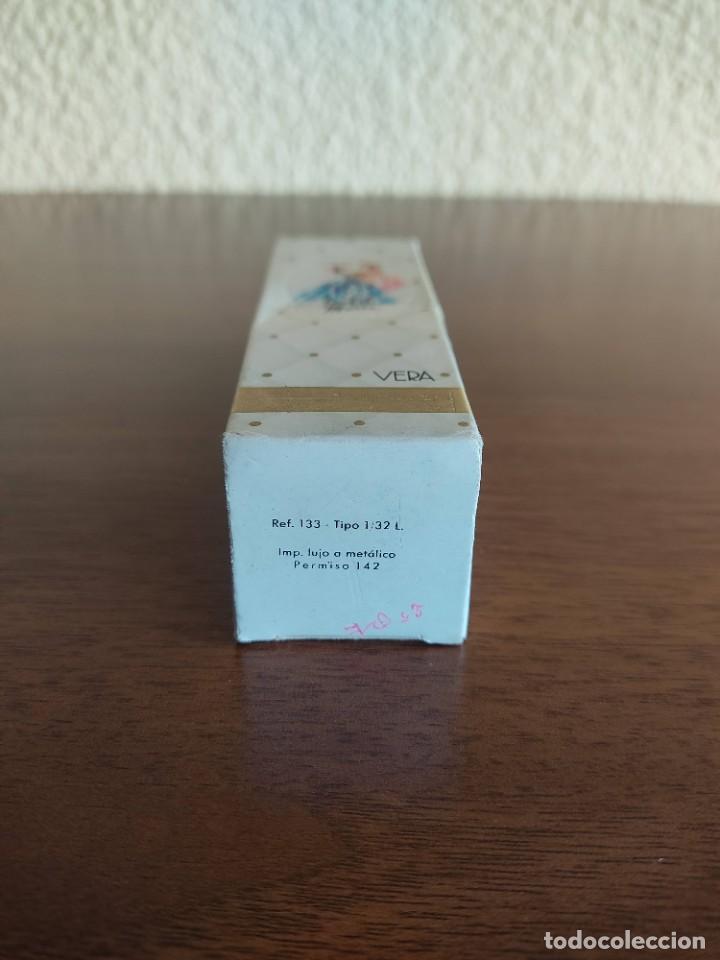 Miniaturas de perfumes antiguos: Botella de colonia Isabel de Maria de Vera - Foto 4 - 267132629