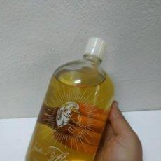 Miniaturas de perfumes antiguos: INDUSTRIAS FLORYSOL - FÁBRICA DE PERFUMERÍA - ESPINARDO - MURCIA. FRASCO DE COLONIA GRANDE MIDE 23CM. Lote 277842893