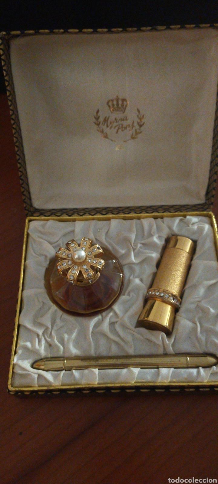 Miniaturas de perfumes antiguos: MYRNA PONS ESTUCHE PERFUME(HUELE DE MARAVILLA) LÁPIZ OJOS Y GUARDA PINTALABIOS - Foto 2 - 288327398