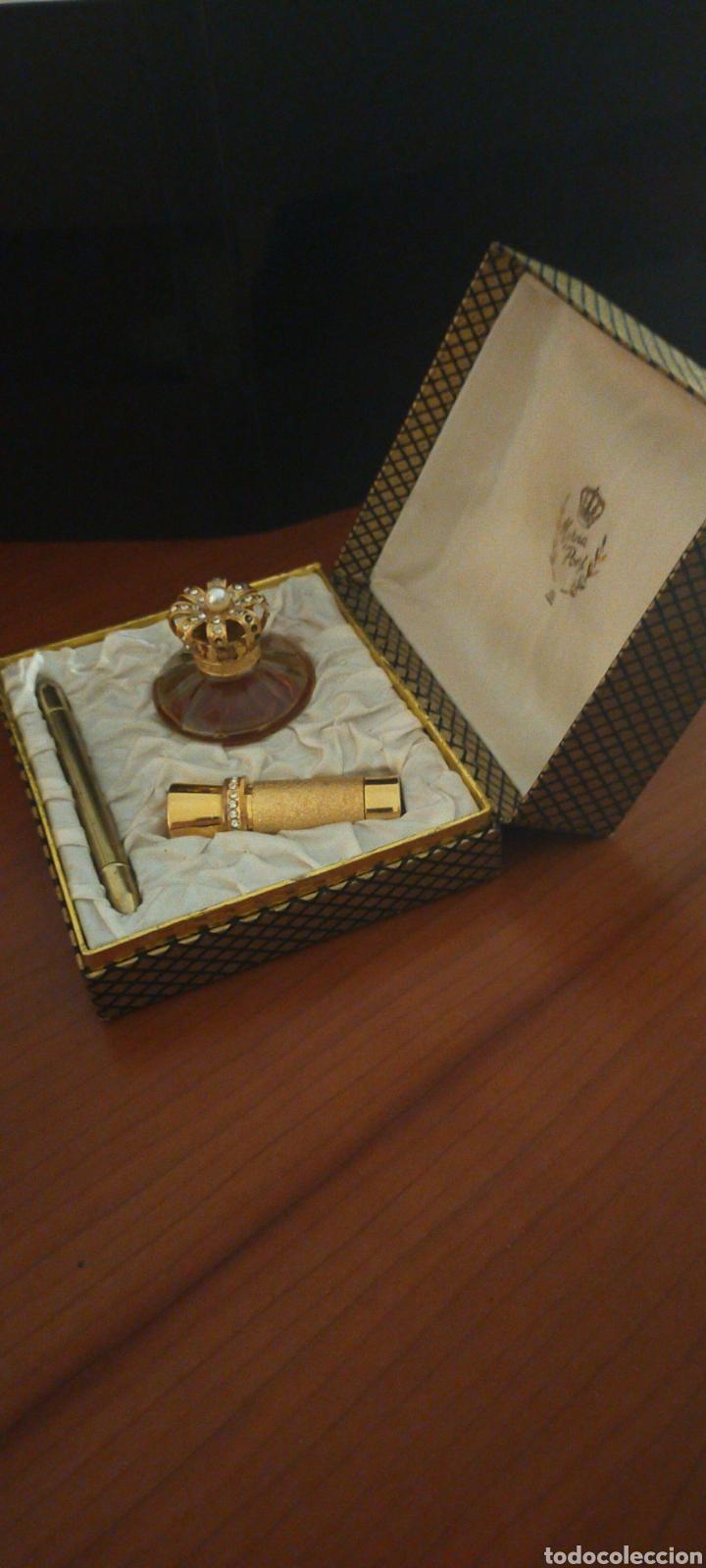 Miniaturas de perfumes antiguos: MYRNA PONS ESTUCHE PERFUME(HUELE DE MARAVILLA) LÁPIZ OJOS Y GUARDA PINTALABIOS - Foto 5 - 288327398