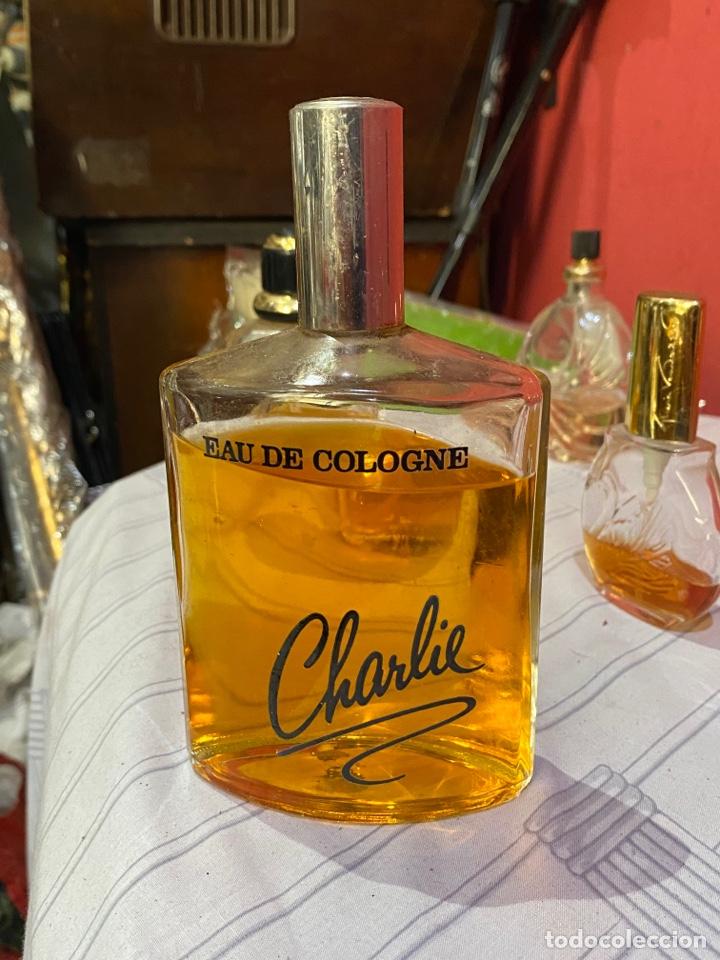Miniaturas de perfumes antiguos: Lote de 11 perfumes originales antiguos . Tamaños grandes. Mejores marcas francesas . Ver fotos - Foto 4 - 289689873