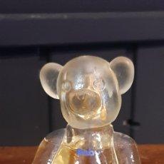Miniaturas de perfumes antiguos: FRASCO DE COLONIA EN FORMA DE OSO BABY. Lote 294145103