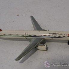 Hobbys: AVION AUSTRALIAN AIRLINES (9,5CM APROX, 45G APROX). Lote 33981264
