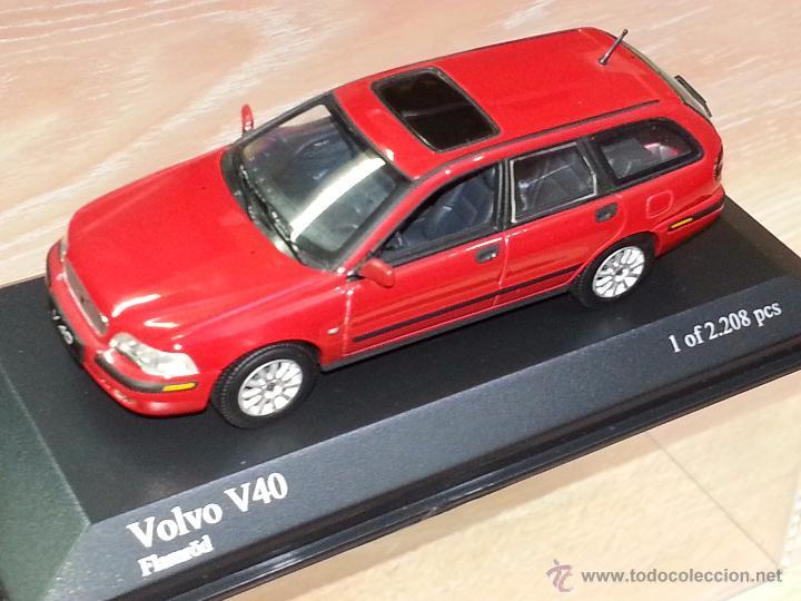 Volvo v40 - rojo - escala 1/43 - minichamps - 1 - Sold