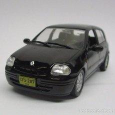 Hobbys: COCHE RENAULT CLIO ESCALA 1/43 CARRO AUTO COLECCION METALICO. Lote 57876821