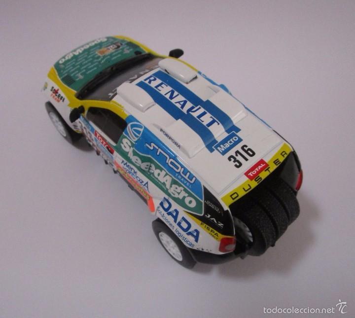 Hobbys: Camioneta Renault Duster Dakar AUTO Escala 1/43 de 11cmde Largo Metálico De Coleccion - Foto 2 - 71480570
