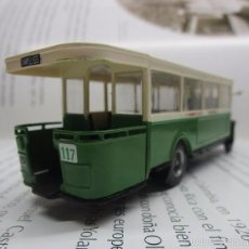 Hobbys: AUTOBUSES DEL MUNDO BUS PARIS ESCALA 1/72 14CM LARGO METALICO COLECCION NUEVO. Lote 141664380