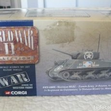 Hobbys: CORGI 1/50 II GUERRA MUNDIAL TANQUE SHERMAN M4A2 - FRENCH ARMY REF. CC51005. Lote 62684364
