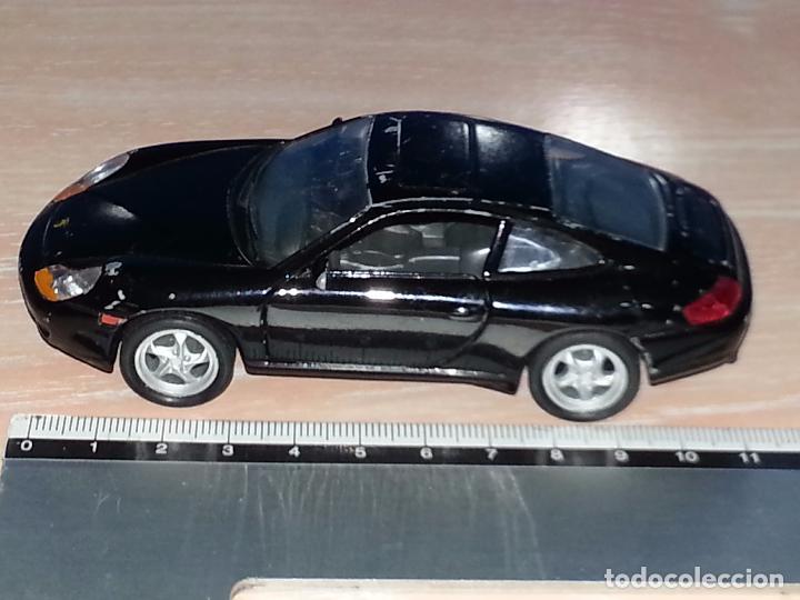 Hobbys: PORSCHE 911 CARRERA 996 - FABRICADO POR WELLY - ESCALA 1/36 - Foto 3 - 73508419