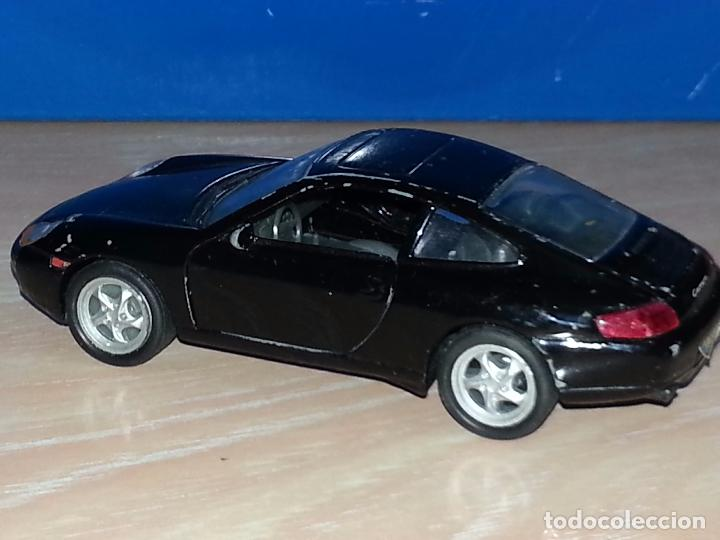 Hobbys: PORSCHE 911 CARRERA 996 - FABRICADO POR WELLY - ESCALA 1/36 - Foto 7 - 73508419