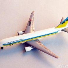 Hobbys: HERPA WINGS 1:500 • BOEING 767-33AER AIR DO HOKKAIDO JAPAN • METÁLICO ESCALA 1/500. Lote 122769351