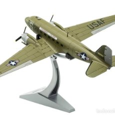 Hobbys: C47A SKYTRAIN (USAF, 315208 'FASSBERG FLYER', US AIR FORCE, BERLIN AIRLIFT) CORGI 1/72. Lote 130629306