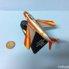 Hobbys: COLLECTION ARMOUR : F-86 SABRE PATRULLA ASCUA EJERCITO DEL AIRE 1:100 METALICO DESCATALOGADO. Lote 141561838