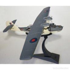 Hobbys: 1:72 CONSOLIDATED CATALINA JOHN A. CRUICKSHANK RAF NO.210 SQUADRON CORGI. Lote 178903625