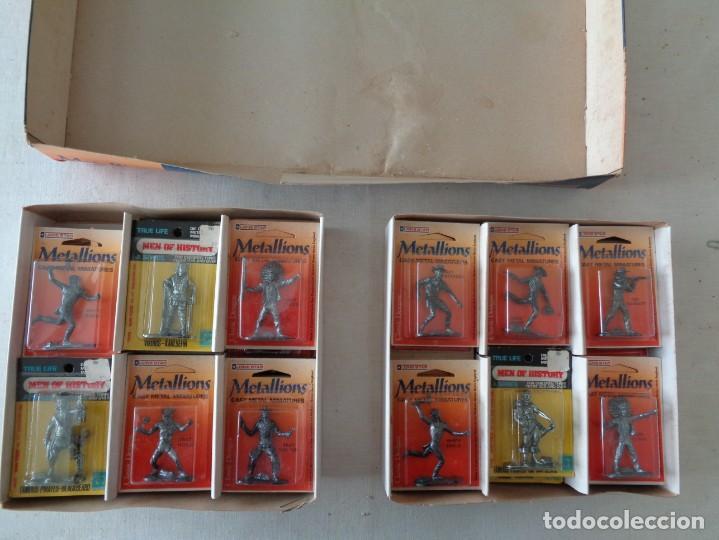 Hobbys: METALLIONS. COWBOYS-INDIANS-KNIGHES.36 FIGURAS - Foto 3 - 193450870