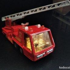 Hobbys: CAMION DE BOMBEROS K-9 FIRE TENDER - MATCHBOX DIECAST METAL-16X6X7 CENTIMETROS. Lote 204676321
