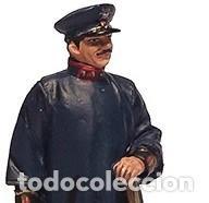 Hobbys: FIGURA DE COLECCIONISTA: Bombero con traje de gala, Madrid, 1951, plomo/estaño. A ESTRENAR - Foto 2 - 244887400