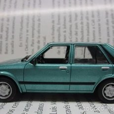 Hobbys: MAZDA 323 ANTIGUO A ESCALA 1/43 CARRO AUTO COLECCION METALICO REPLICA 9CM LARGO. Lote 57981483