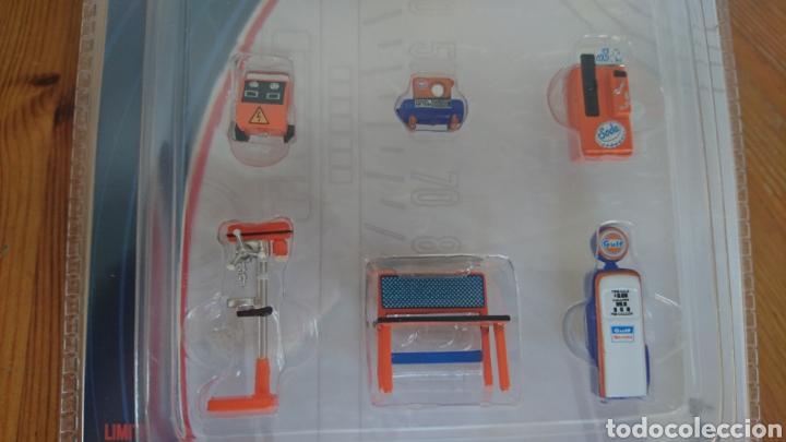 Hobbys: Juego de herramientas para diorama de taller Gulf esc. 1:64 greenlight - Foto 3 - 90177184