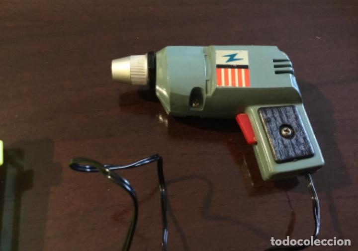 Hobbys: Antigua herramienta miniatura taladro marca ideal 1969 hong kong - Foto 10 - 145922262