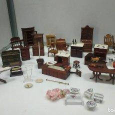 Hobbys: MUEBLES MOBILIARIO ACCESORIOS UTENSILIOS PARA CASA DE MUÑECAS. GRAN LOTE. Lote 192708748