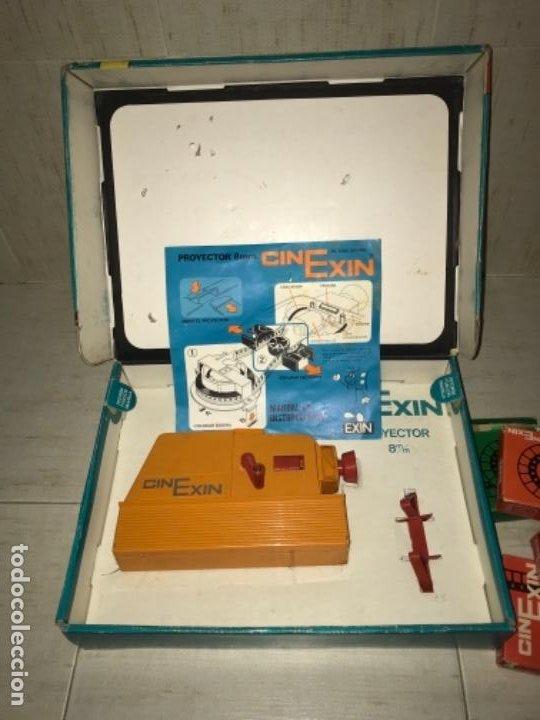 Hobbys: Cinexin antiguo - waly Disney CON 4 PELICULAS CINE EXIN AZUL AÑOS 70 ENCIENDE BOMBILLA - Foto 2 - 197424047