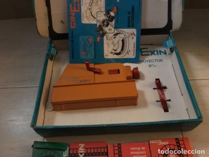 Hobbys: Cinexin antiguo - waly Disney CON 4 PELICULAS CINE EXIN AZUL AÑOS 70 ENCIENDE BOMBILLA - Foto 8 - 197424047