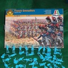 Hobbys: CAJA SOLDADOS 1/72 MINIATURAS ITALERI - GRANADEROS FRANCESES - 50 SOLDADOS. Lote 40401005