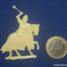 Hobbys: FIGURA PLANA DE GUERRERO MEDIEVAL EN RESINA. Lote 107863551
