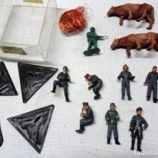 Hobbys: LOTE DE 8 SOLDADOS MODELISMO Y ALGUNAS PIEZAS MÁS, VER FOTOS. Lote 165045426