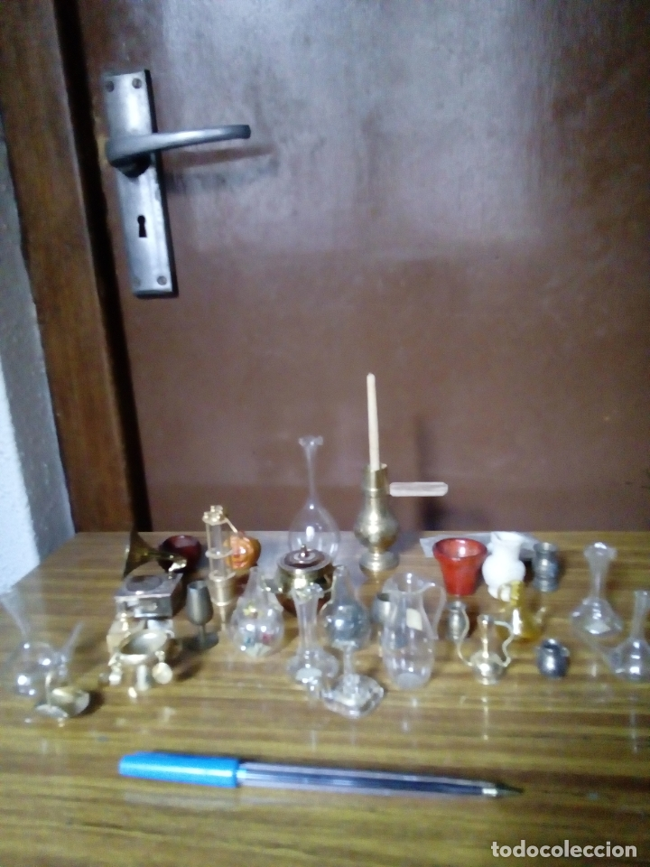 LOTE DE 28 MINIATURAS PARA CASITAS DE MADERA, AÑOS 60,70, DE CRISTAL, CERÁMICA Y BRONCE, (Juguetes - Modelismo y Radiocontrol - Figuras en miniatura)