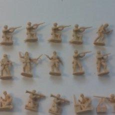 Hobbys: LOTE DE 47 FIGURAS MINIATURA, SOLDADOS, MILITARES CREO QUE ITALERI.. Lote 177522818