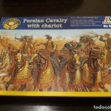 Hobbys: ITALERI CABALLERÍA PERSA CON CARROS 1:72. Lote 178190846