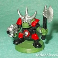 Hobbys: LOTE FIGURA ANTIGUA GAMES WORKSHOP - TIPO WARHAMMER 40000 - GUERRERO ORCO. Lote 186006945