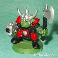 Hobbys: LOTE FIGURA ANTIGUA GAMES WORKSHOP - TIPO WARHAMMER 40000 - GUERRERO ORCO. Lote 186007186