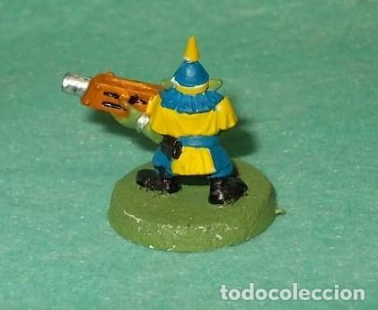 Hobbys: LOTE FIGURA ANTIGUA GAMES WORKSHOP - TIPO WARHAMMER 40000 - GUERRERO GOBLIN - Foto 2 - 186007741
