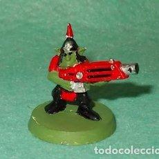 Hobbys: LOTE FIGURA ANTIGUA GAMES WORKSHOP - TIPO WARHAMMER 40000 - GUERRERO GOBLIN. Lote 186007985