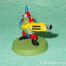 Hobbys: LOTE FIGURA ANTIGUA GAMES WORKSHOP - TIPO WARHAMMER 40000 - GUERRERO GOBLIN. Lote 186008047