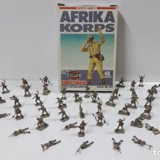 Hobbys: AFRICA KORPS - CAJA CON FIGURAS AIRFIX . ORIGINAL AÑOS 80 . PINTADAS. Lote 204232475